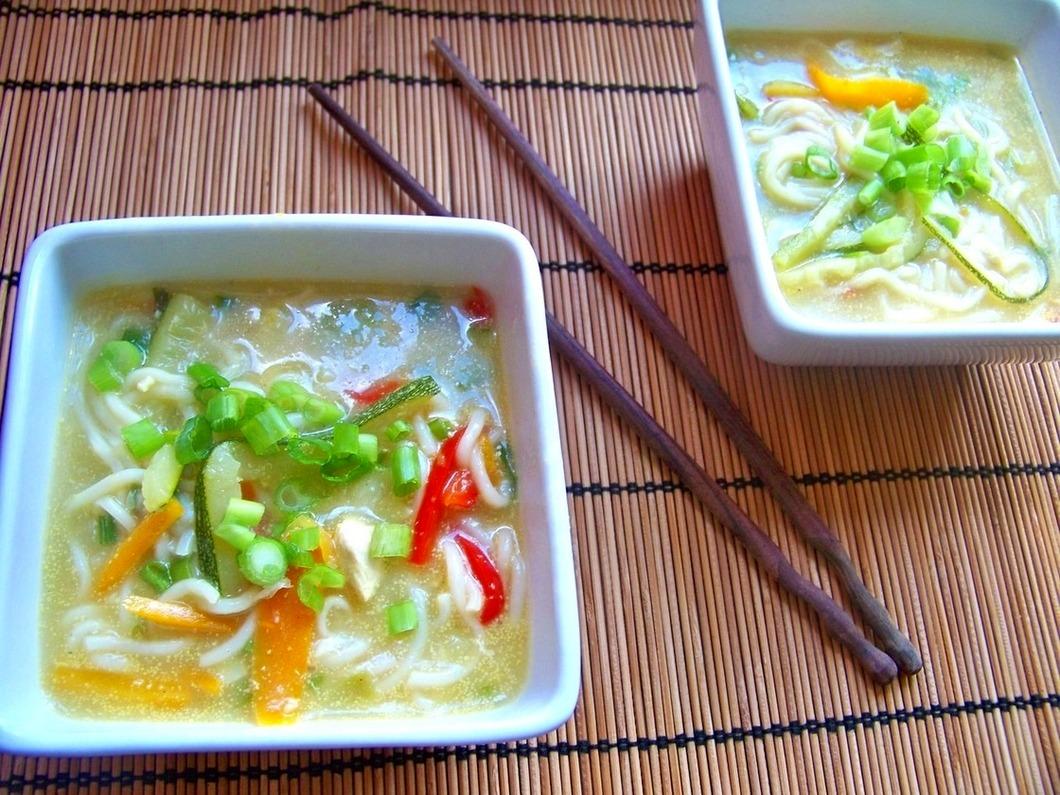 Tajska Zupa Z Kurczakiem I Mleczkiem Kokosowym Potravel